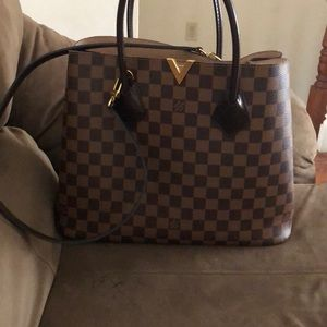 Lv bag used several times